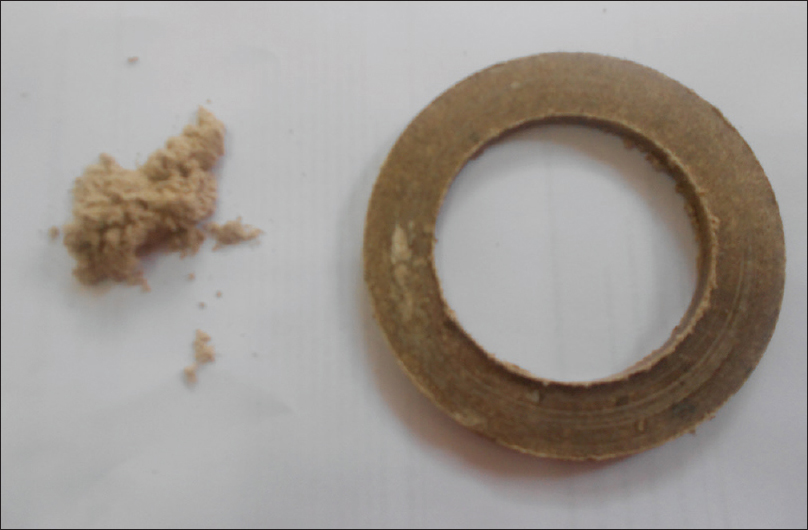 Figure 1: The asbestos string and powder used for making clutch